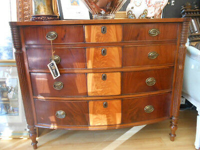 Chest -  Two-Tone Hall Chest