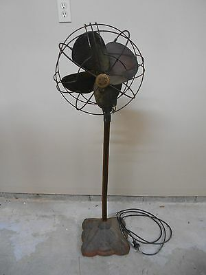 ANTIQUE VINTAGE WESTINGHOUSE MID- CENTURY  ELECTRIC FAN - WORKS WELL - BRASS