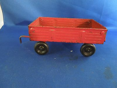 Vintage ERTL Diecast Farm Tool Small Barge Wagon Red Made in USA