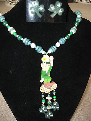 "St .Patrick's Day Kiss Me I'm Irish Necklace Earrings 3 Leaf Clover 24"" NWOT"