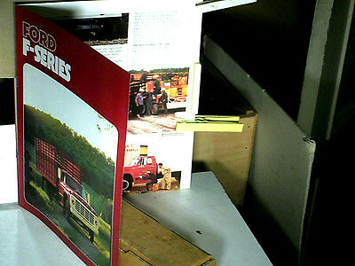 Catalogue Gamme Camions Ford Usa 1975 : V8 F600/700/750