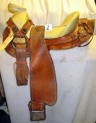 AWESOME Maker Marked Complete CHARRO Mexican Horse Riding Saddle Very Fancy