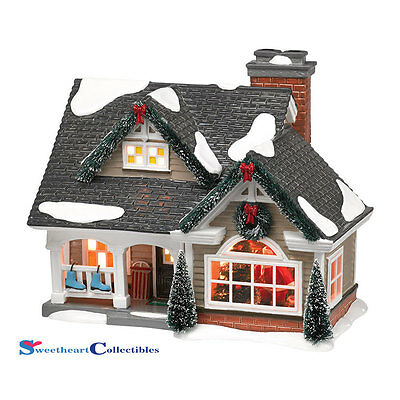 Dept 56 Snow Village 4042406 The Magic of Christmas Lit House New 2014
