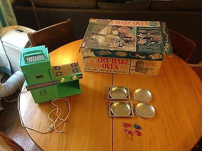 Vintage 1964 KENNER EASY BAKE OVEN Blue Original Box