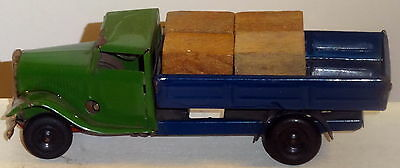 DTE 1940'S MIMIC TOYS TIN WINDUP GREEN/BLUE DELIVERY PICKUP TRUCK W/WOOD BLOCKS
