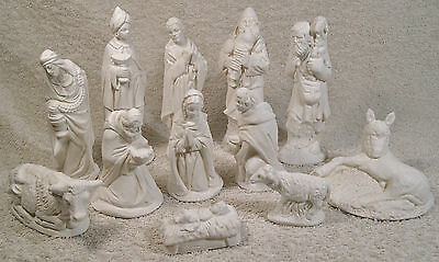 12 Piece Nativity set in 2 Tone Hessian colour