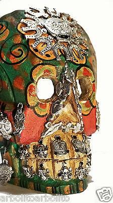 Day of the Dead Traditional Skull/Calavera/Mexican Folk Art Wood Sculpture Small