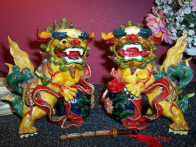 PAIR OF COLORFUL FOO DOGS EUROPEAN SCULPTURE HANDBRAFTED IN CHINA FOR TOSCANO