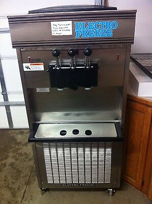 USED ELECTRO FREEZE 66TF 2 Flavor w/Twist Soft Serve  208-230V 3PH Air Cooled