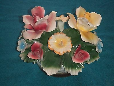 NUOVA CAPODIMONTE MADE IN ITALY FLORAL ROSES IN WICKER STYLE BASKET