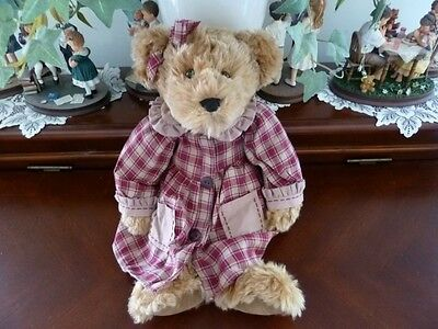 "RUSS BERRIE BEARS FROM THE PAST #100262 ""FLORA"" - retired"
