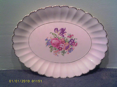 A Nice Vintage Leigh Ware by Leigh Potters Oval Platter