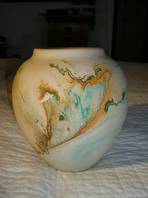 "BEAUTIFUL SOUTHWESTERN ""NEMADJI"" WIDE MOUTH VASE - 8-1/2"" tall"