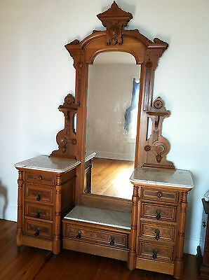 Antique Women's Vanity - Beautiful - 1890's - Great conditon