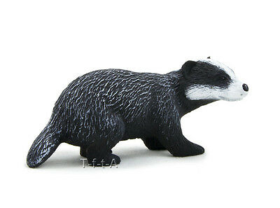 FREE SHIPPING | Mojo Fun 387033 Badger Forest  Animal Replica - New in Package