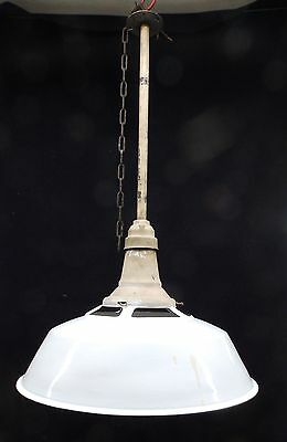 Vintage Industrial White Porcelain Enamel Gas Station Workshop Light 3965-14