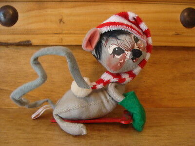 ANNALEE HOLIDAY MOUSE ON SLED - MARKED '86 - MADE IN U.S.A.