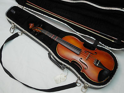 VIOLIN William Lewis & Son made in Germany w/ Hard CASE - 3/4 size - OLD Vintage
