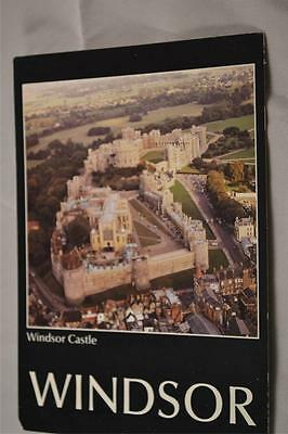 POSTCARD Windsor Castle from the Air Unused