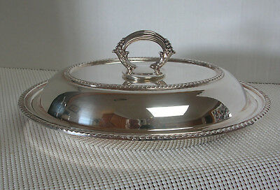 Vintage Wm. A Rogers OVAL COVERED SERVING DISH Silverplate Rope Edge Grape 2215