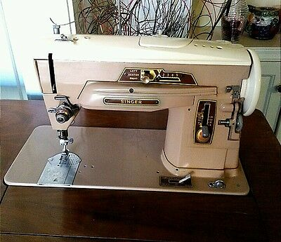 SINGER SLANT O MATIC SEWING MACHINE, MODEL 403A (SM-164) WORKS NEEDS CORD