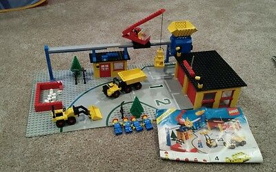 LEGO 6383 Vintage Classic Town Public Works Center 100% complete w/ Instructions