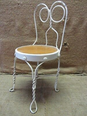 Vintage Childs Ice Cream Chair   Antique Old Stool Parlor Soda Fountain 7043