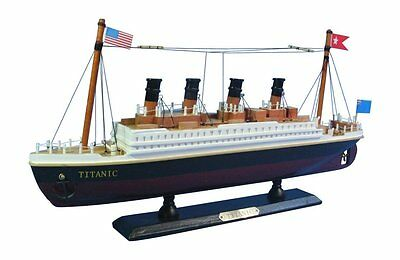 """14"""" Rms Titanic Radio Controlled Rc Passenger Ocean Liner Cruise Ship Boat New"""
