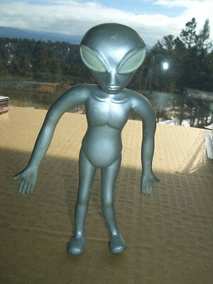 Vintage 1996 Bendable Roswell Space Alien - 5 inches tall!
