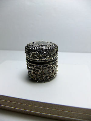 vintage Victorian Unger Brothers sterling silver repousse thimble holder/case