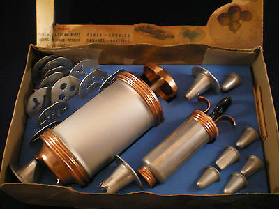 Vintage Mirro Cooky-Pastry Press and Decorating Set
