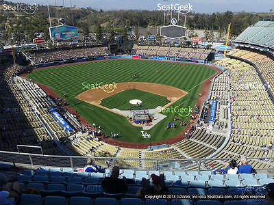 2 Los Angeles Dodgers vs San Francisco Giants Tickets 4/27 (Los Angeles)