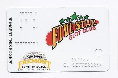 SLOT CARD / Players Club Card - Sam Boyd's FREMONT Casino LAS VEGAS -Patent Pend