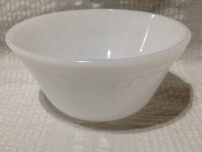 Vintage Federal Glass Company White Bowl Milkglass Milk Small Fruit Side Cereal