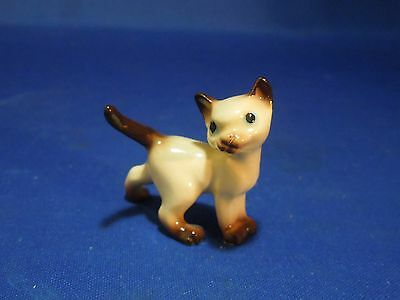 Vintage Hagen-Renaker Ceramic Miniature Figurine Siamese Cat Walking Kitten Red