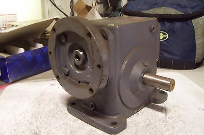 "New Boston Gear 60:1 Ratio Gear Reducer 5/8"" Bore Dual Shafts"