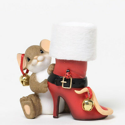Charming Tails Mouse with Mrs Claus Santa Boot Figurine Enesco 4034343 NEW