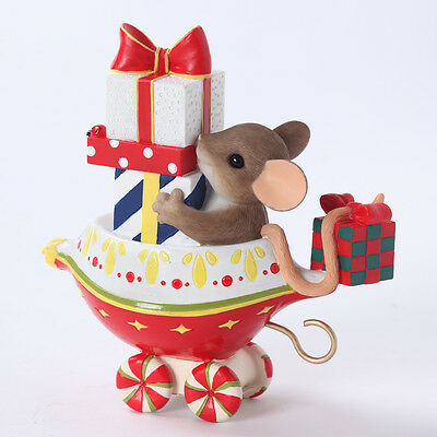 Charming Tails Plenty of Gifts Your Way Mouse Train Ornament NEW 4027655 Holiday