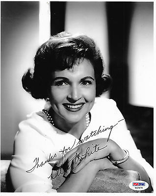 BETTY WHITE Signed 8x10 PHOTO TV FILM Golden Girls Hot In Cleveland PSA/DNA COA