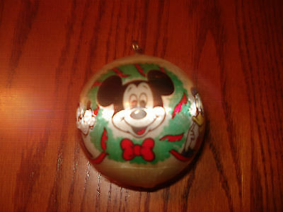 MICKEY MOUSE,GOOFY,DONALD DUCK DISNEY OLD RARE 1977 CHRISTMAS TREE ORNAMMENT