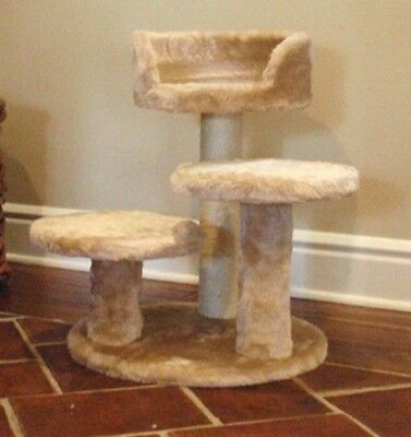 """MAJESTIC 27"""" TALL CASITA CAT TREE-*FREE SHIPPING IN THE UNITED STATES*"""