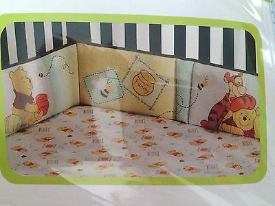 "Bumper in a bag by Disney ""Bizzy with Bees""  4 piece set Winnie the Pooh theme"