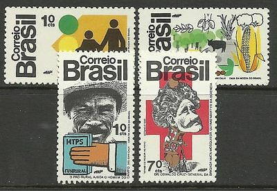 BRAZIL. 1972. Government Services Set. SG: 1418/21. Unused.