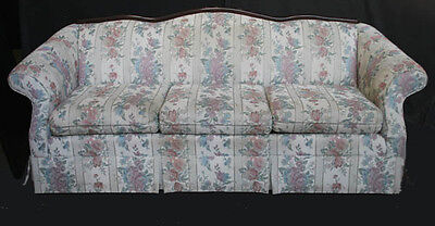 Vintage Floral Patterned Victorian Living Room Couch Sofa