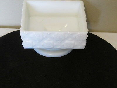 """Antique Westmoreland Old Quilt Low Footed Open Candy Bowl VFC 4 3/4"""" Square"""