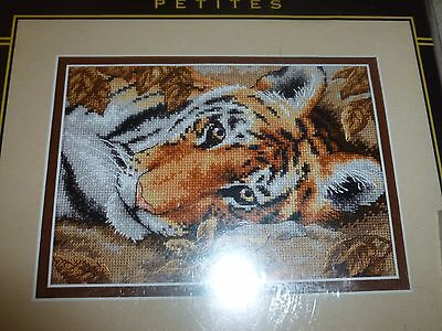 GOLD COLLECTION DIMENSIONS COUNTED CROSS STITCH KIT BEGUILING TIGER