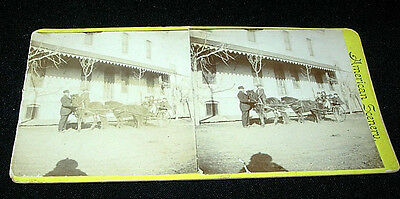 1900 STEREOVIEW STEREO VIEW CARD - HORSE & BUGGY IN FRONT OF OLD BUILDING