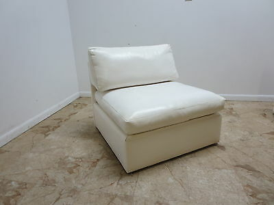 Mid Century Milo Baughman Thayer Coggin White Nauguhyde Straight Lounge Chair A
