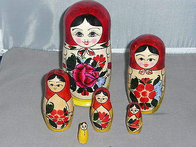 RUSSIAN NESTING DOLLS   5 1/2 inches tall    6 Dolls