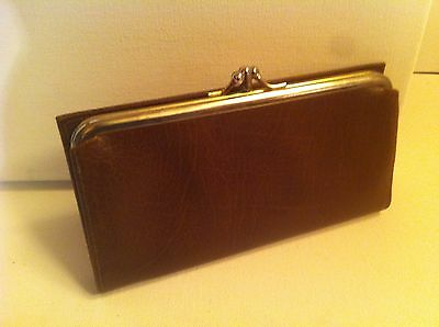 Leather Ladies Wallet, Clutch, vintage Winfield classic Genuine Coin Purse 1960